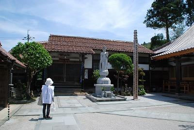 伝燈寺の観音堂